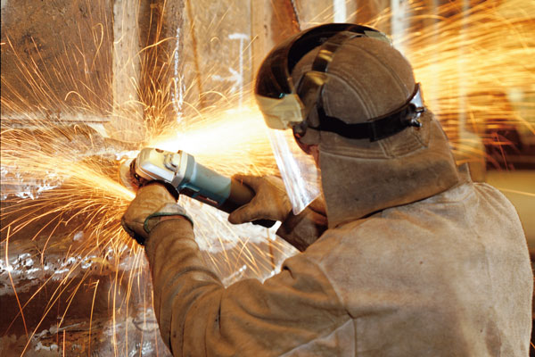 Photo of cutter in use